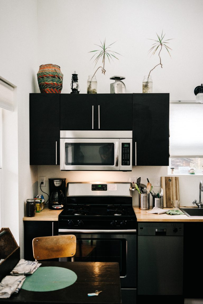 a-edmonton-renovated-kitchen-with-a-gas-stove